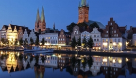 Austria. Chec Republic. Germany. Bavaria. Italy. 10 days. 10 cities. 275 euros.